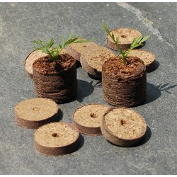 Dehydrated peat pellets